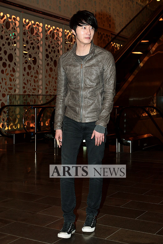 2012 3 16 Jung II-woo in TMTETS Wrap Up Party 00001