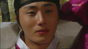 2012 Jung II-woo in The Moon Embracing the Sun Episode 700017