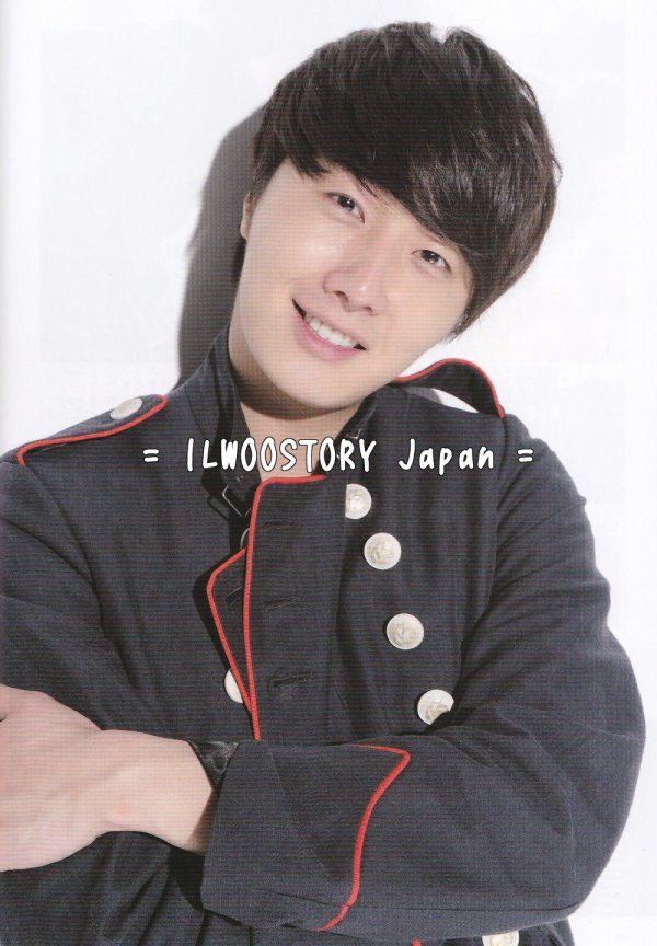 2012 5 Jung II-woo inKOREAN WAVE 45 (released on May 25, 2012) 00006
