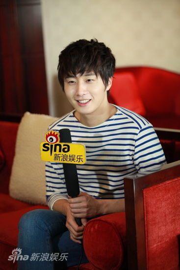 2012 5 Sina Weibo's Live Interview 00008