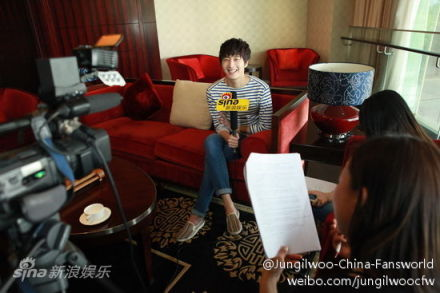 2012 5 Sina Weibo's Live Interview 00009