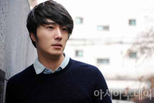 Jung II-woo 2012 3 4