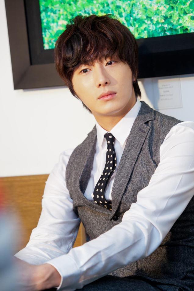 2012 10 23 Jung II-woo travels to Taiwan. China News 360 Interview Photos 00015
