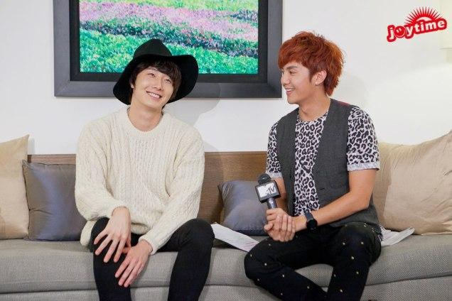 2012 10 23 Jung II-woo travels to Taiwan. I love JK Program HOST 2 00005
