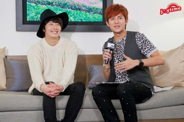2012 10 23 Jung II-woo travels to Taiwan. I love JK Program HOST 2 00008