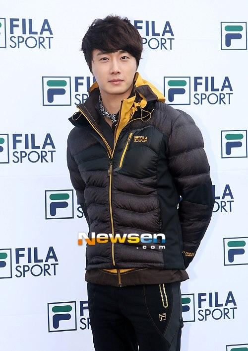 2012 11 3 Jung II-woo for FILA's Green Campaign00006