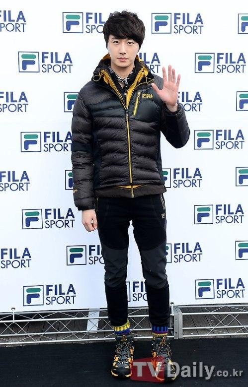 2012 11 3 Jung II-woo for FILA's Green Campaign00009