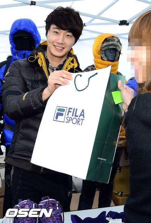 2012 11 3 Jung II-woo for FILA's Green Campaign00034