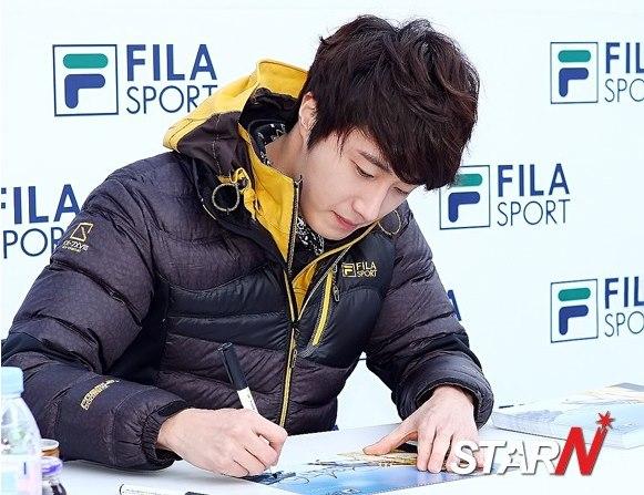 2012 11 3 Jung II-woo for FILA's Green Campaign00053