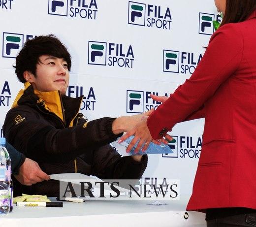 2012 11 3 Jung II-woo for FILA's Green Campaign00055