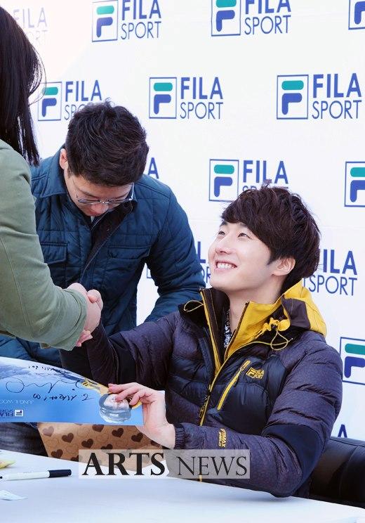 2012 11 3 Jung II-woo for FILA's Green Campaign00056