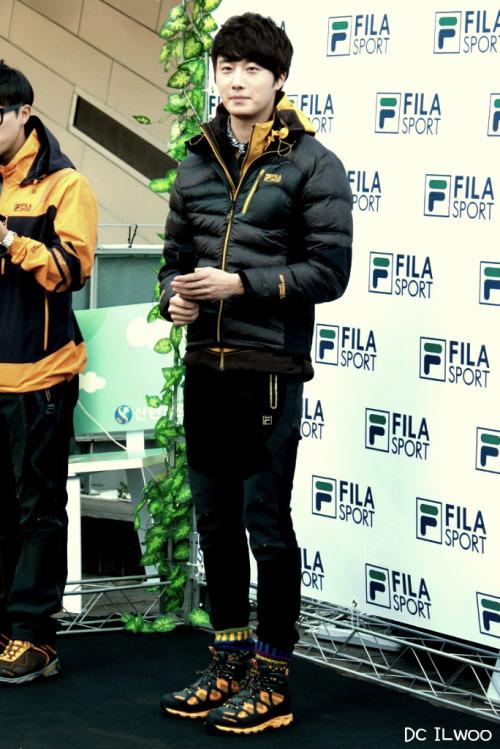 2012 11 3 Jung II-woo for FILA's Green Campaign00059