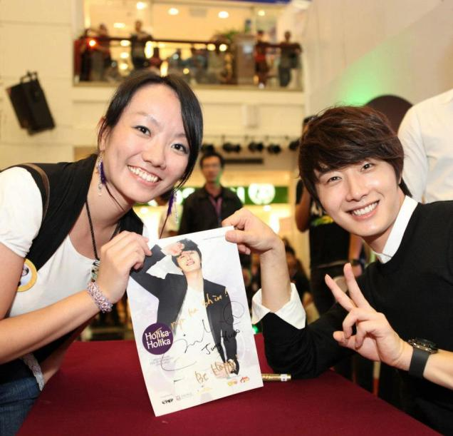 2012 9 23 Jung II-woo in Holika Holika's Fan Meet in Malaysia 00049
