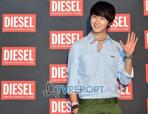 2012 9 7 Jung II-woo for Diesel 00003