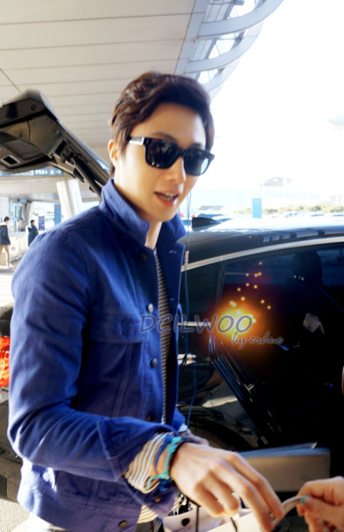 2013 2 22 Jung II-woo in Holika Holika Event in Myanmar (Airport Arriving back in Seoul) 00004