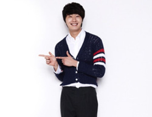 Jung II-woo in Valentine's Day Smilwoo Photo Shoot 2 201300011