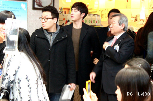 Jung II-woo participates in Domino's Hope Sharing Pizza Party.00022