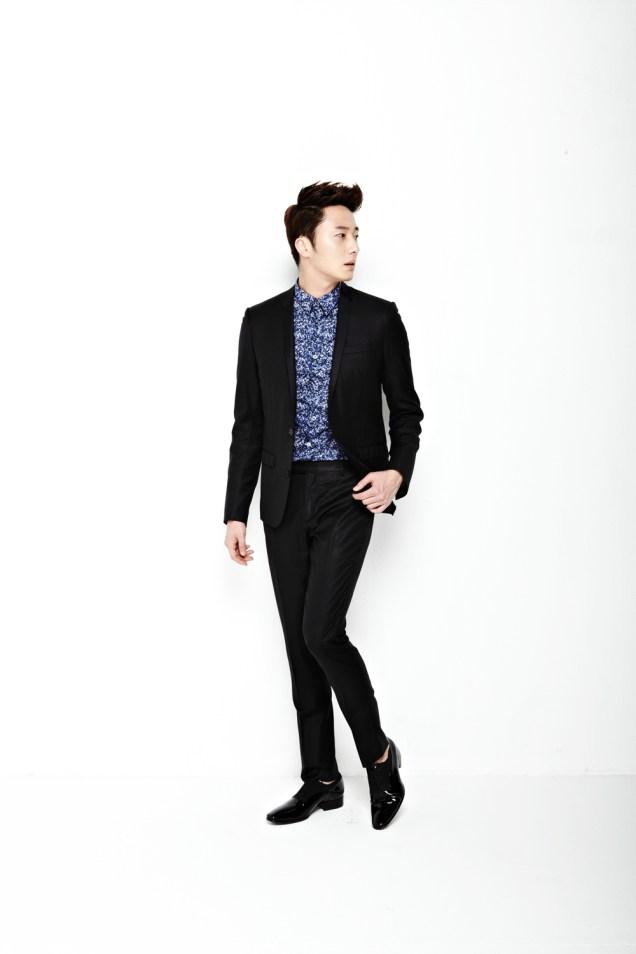 2013 10 Jung II-woo Rainbow Photo Shoot, Part 6 All about Jung II-woo. Cr. Kwon Yoon-sung00003