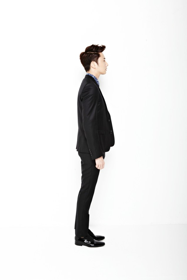 2013 10 Jung II-woo Rainbow Photo Shoot, Part 6 All about Jung II-woo. Cr. Kwon Yoon-sung00014