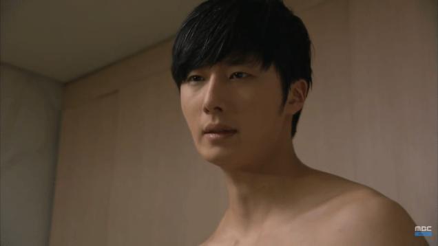 Jung II-woo in Golden Rainbow Episode 32 Shower 5