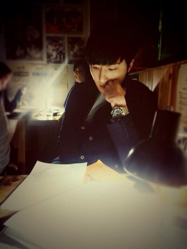 Jung II-woo Tweeter Photo Posts March 201410