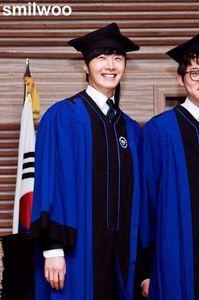 Jung II-woo's Graduation Hanyang University 2014 2 20 13