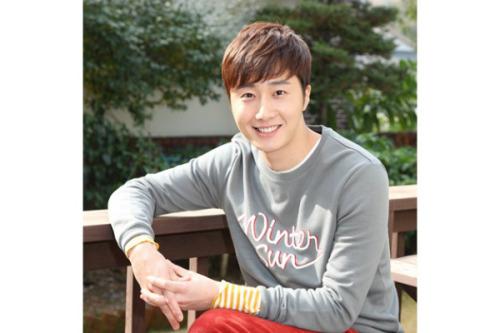 Jung Il-woo in UJIWP Feb-Mar 2014 8