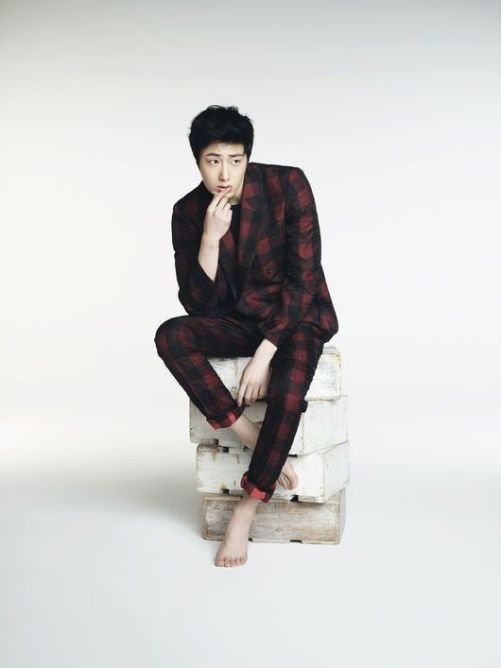 Jung Il-woo in various photos from interviews in April of 2014. 22