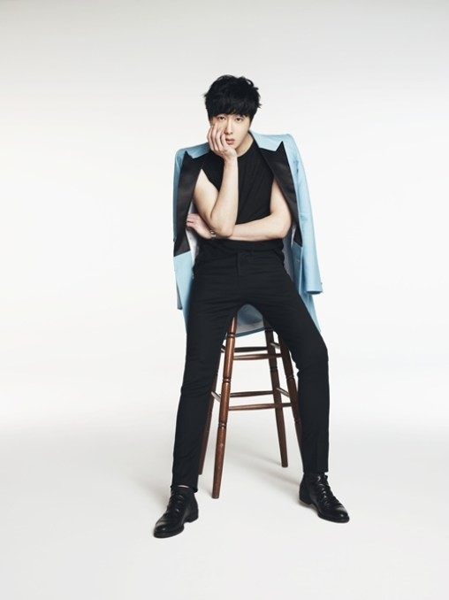 Jung Il-woo in various photos from interviews in April of 2014. 9