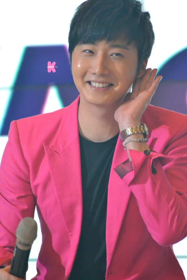 2014 5 27 Jung II-woo in Greet and Meet Holika Holika Greet and Meet 16
