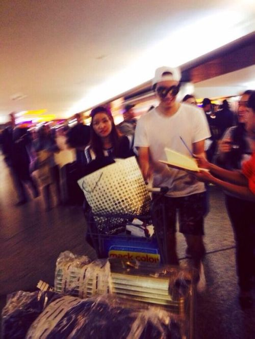 2014 6 Jung Il-woo arrives to Brazil. 1
