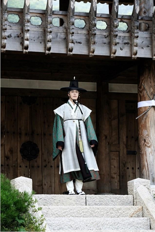 2014 7 29 Jung II-woo as Lee Rin, First Good Look 5
