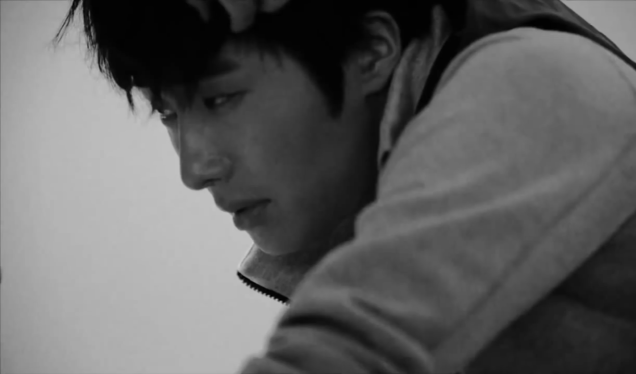 2014-10-jung-il-woo-in-nike-for-vogue-magazine-c-12-2.png
