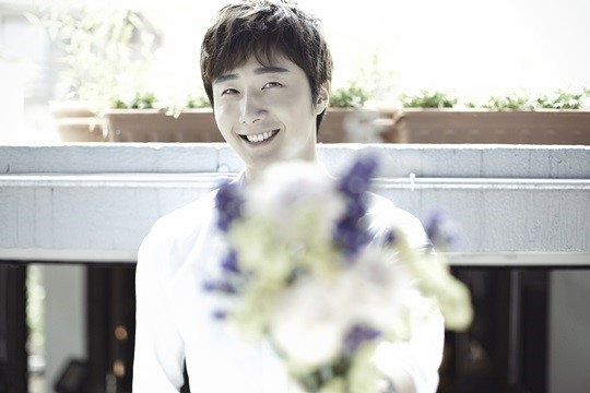 2014 9 Dating Jung II-woo Starcast.  28.jpg
