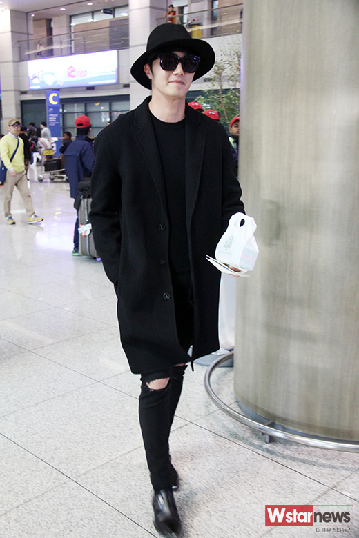 2014 10 29 Jung Il-woo at the Beauty Cosmo Awards in Shanghai, China. Airport Return to Korea 11