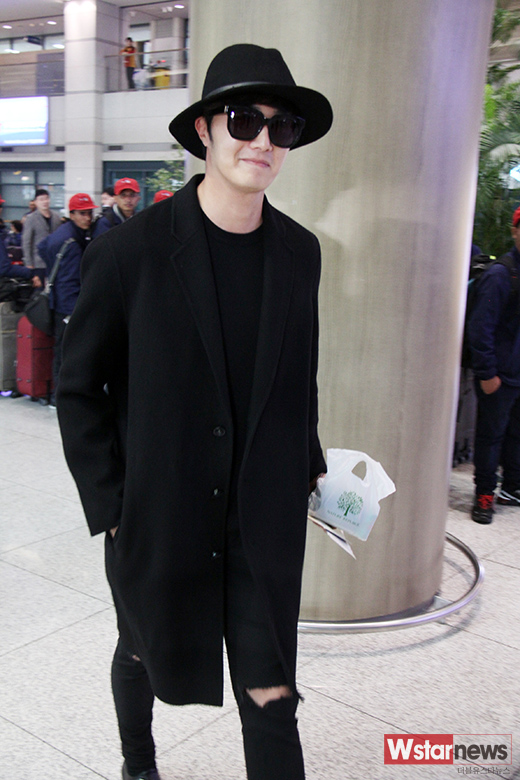 2014 10 29 Jung Il-woo at the Beauty Cosmo Awards in Shanghai, China. Airport Return to Korea 16