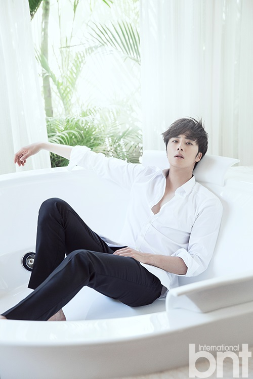 2014 10:11 Jung Il-woo in Bali for BNT International Part 2: Bath Tub Cr.jungilwoo.com and BNT International 6
