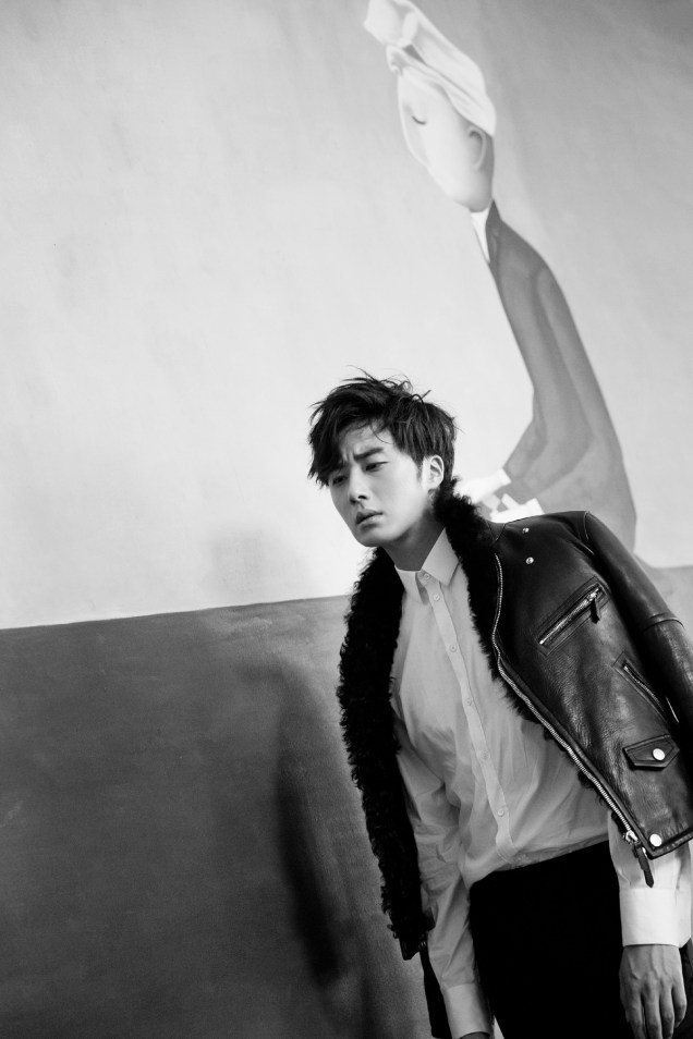 2014 10:11 Jung Il-woo in Bali for BNT International Part 2: Black Leather Furry Jacket Oasis 10