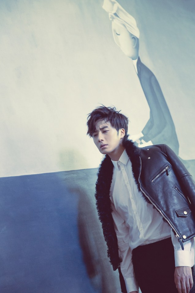 2014 10:11 Jung Il-woo in Bali for BNT International Part 2: Black Leather Furry Jacket Oasis 7