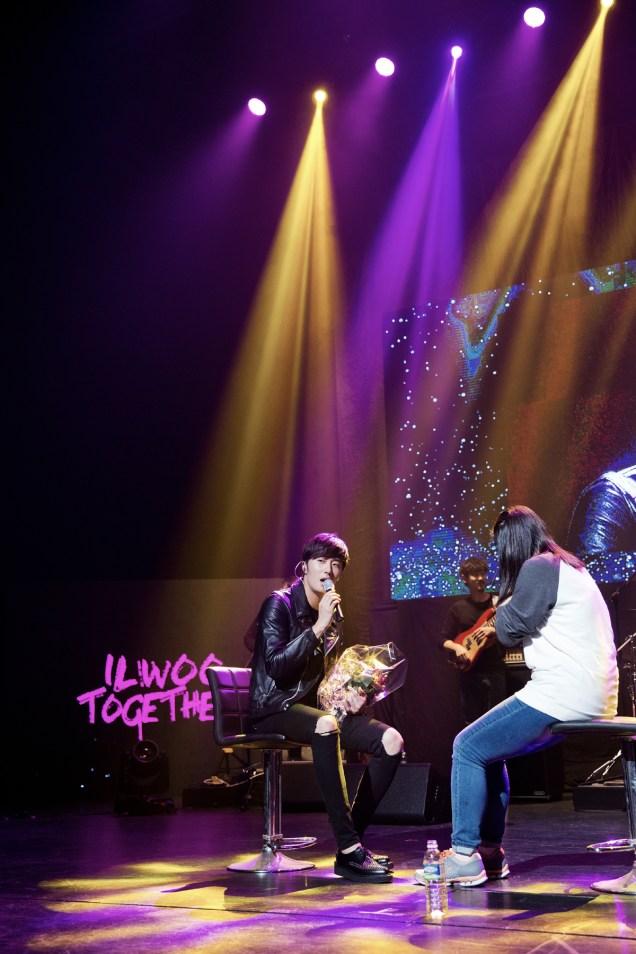 2014 11 22 Jung II-woo in his Fourth Korean Fan Meet. Cr.jungilwoo.com 87.jpg