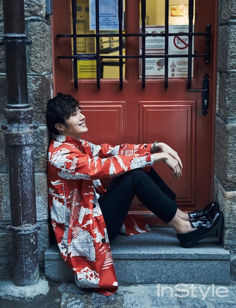 2015 3 Jung Il-woo at Mont Saint Michel for Style magazine Photo Shoot 6