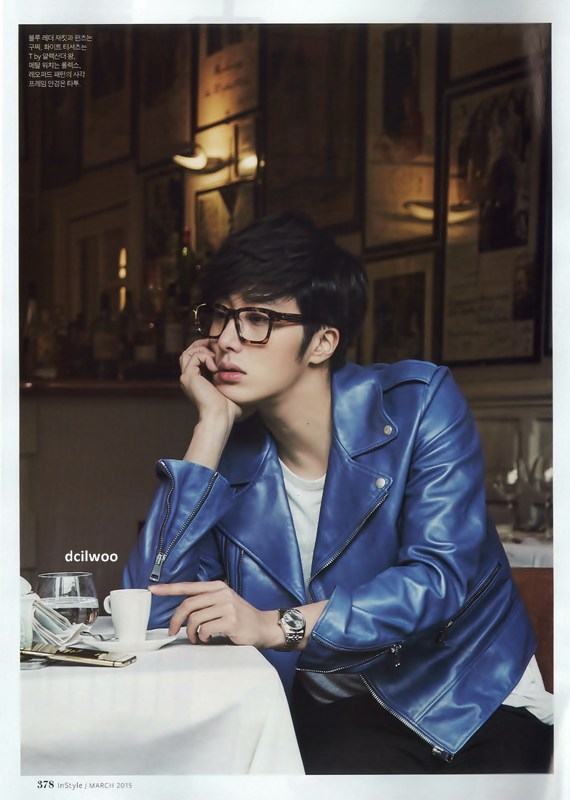 2015 3 Jung Il-woo at Mont Saint Michel for Style magazine Photo Shoot (Magazine layout) 9