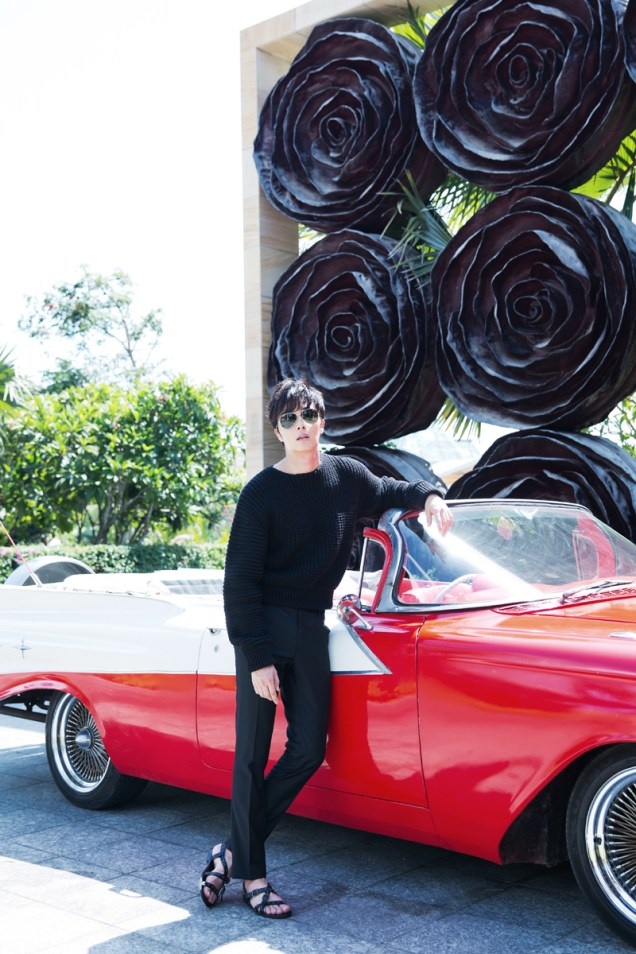 22014 10:11 Jung Il-woo in Bali for BNT International Part 1: Cars 32