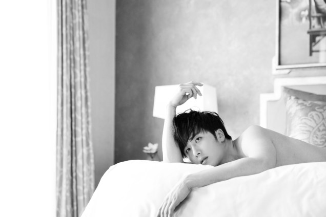 22014 10:11 Jung Il-woo in Bali for BNT International Part 2: In Bed Cr.BNT International1