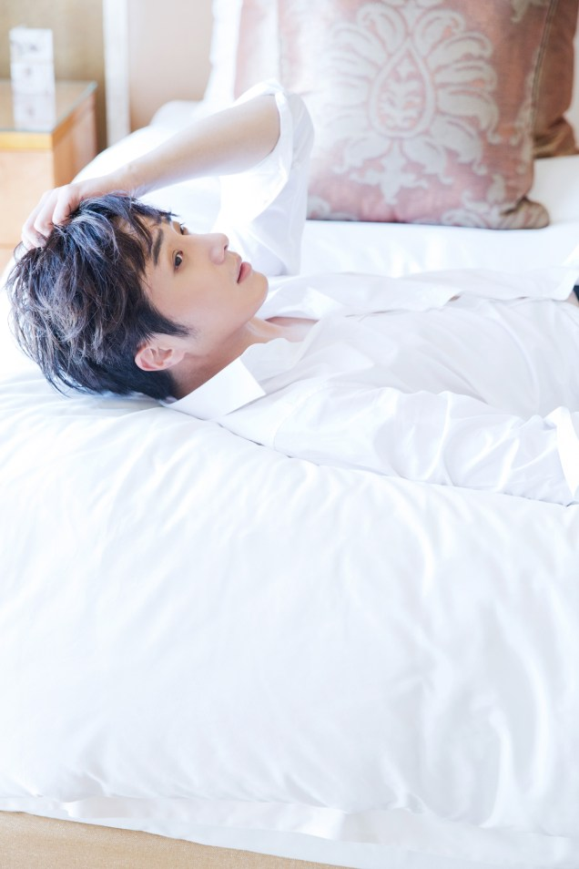22014 10:11 Jung Il-woo in Bali for BNT International Part 2: In Bed Cr.BNT International9