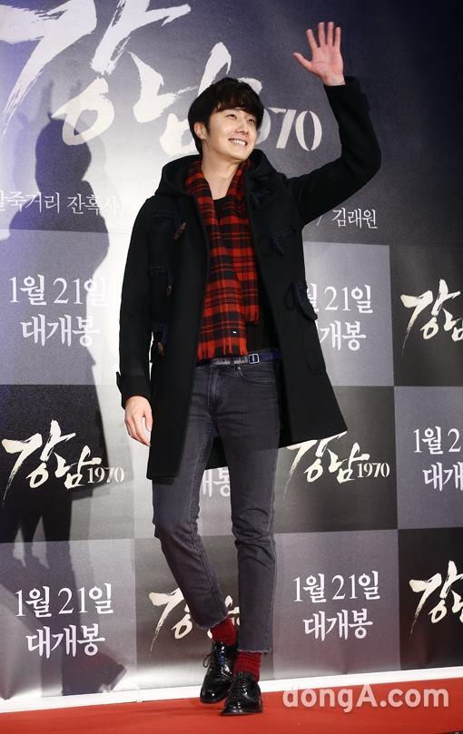 2015 1 20 Jung Il-woo attends VIP Premiere of Gangnam 1970. 7