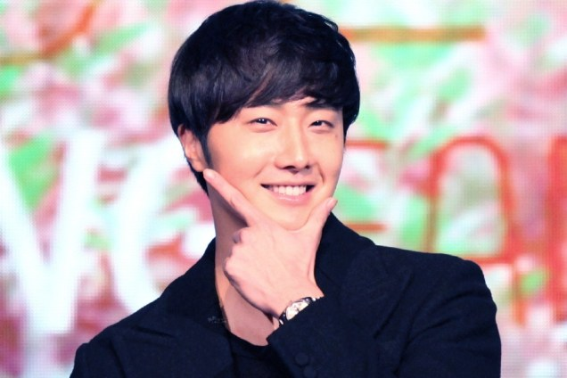 2015 2 1 Jung Il-woo at the Beijing Fan Meeting. 6
