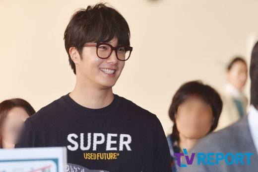2015 4 25 Jung Il-woo in his Fan Meeting Rainbo-Woo in Tokyo, Japan. Arriving at the airport. 18