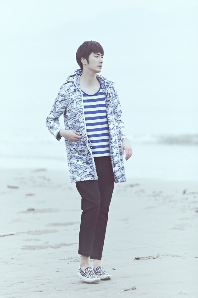 2015 4 Jung Il woo in a Blue Green Photo Shoot clearer than a blue sky. 5