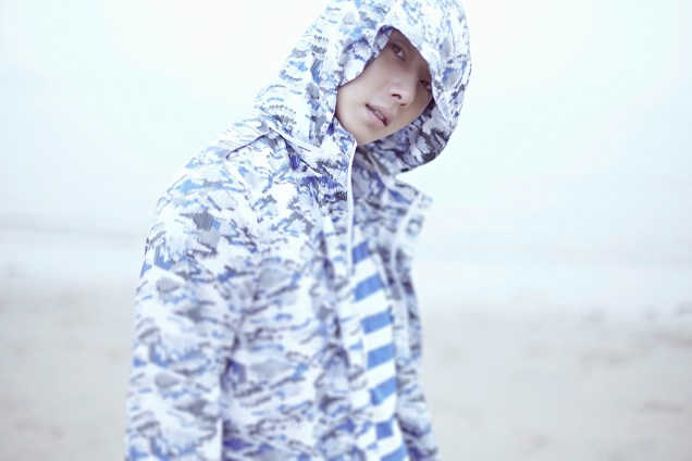 2015 4 Jung Il woo in a Blue Green Photo Shoot clearer than a blue sky. 6